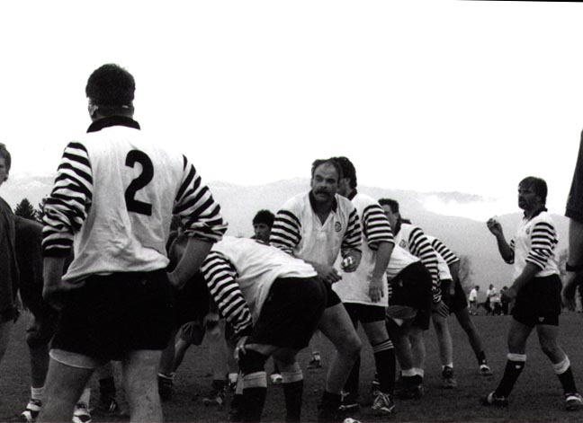 Rug Black And White Rugby Team :